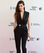 Lake Bell's Green Lifestyle Is Easy to Follow—and Baby Proof