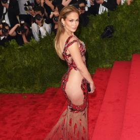 See Jennifer Lopez's 2015 Met Gala Look at Every Single Angle