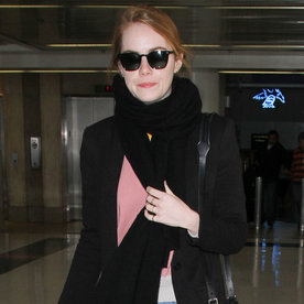 Emma Stone's Effortlessly Chic Travel Outfit Is a #Goal Worth Having