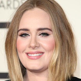 Adele Just Inspired All of Us to Skip Our Cat Eye Liner This Morning