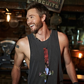 Which Gilmore Girls Co-Stars Does Chad Michael Murray Still Keep in Touch with?