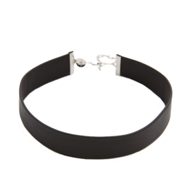 <p>Leather Choker Necklace</p>