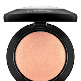 MAC+Mineralize+Blush+in+Warm+Soul