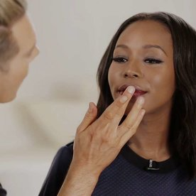 Get That Look: Gabrielle Union's Glossy Red Lips
