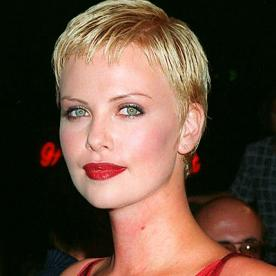 Charlize therons changing looks instyle charlize theron transformation beauty urmus Image collections