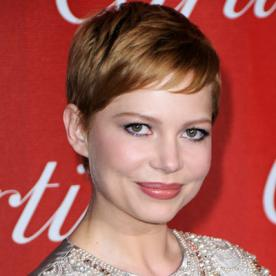 Michelle williamss changing looks instyle michelle williams transformation hair celebrity before and after urmus Choice Image