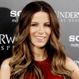 Gorgeous highlights for any hair color instyle kate beckinsale gorgeous highlights for any hair color highlighted hair pmusecretfo Images