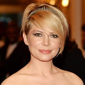 Michelle williamss changing looks instyle michelle williams urmus Choice Image