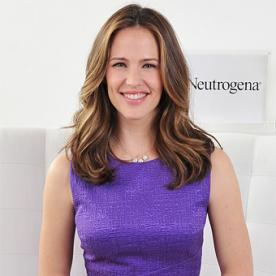 How Jennifer Garner Protects Her Kids (and Husband Ben!) from the Sun