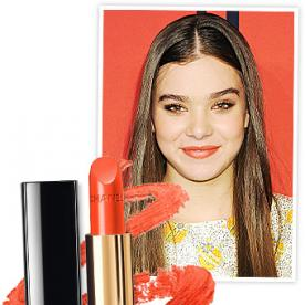 Found It! Hailee Steinfeld's Persimmon Lipstick From the CFDA Awards