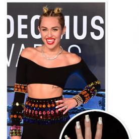 All the Details on Miley Cyrus' #VMAs Nail Art