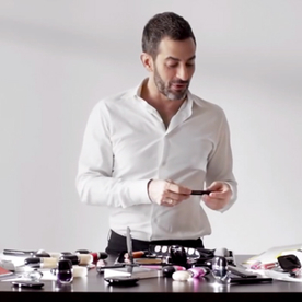 Take One 1 Minute To Watch Marc Jacobs Talk About the Best Lip Balm for Making Out