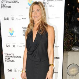 Jennifer Aniston Wears LBD | InStyle.com