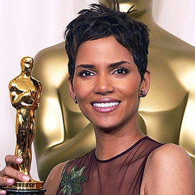Halle berrys changing looks instyle halle berry transformation beauty urmus Image collections