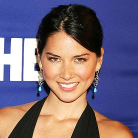 Olivia Munns Changing Looks InStylecom
