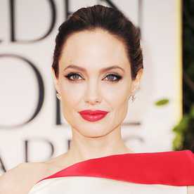 What color lipstick does angelina jolie wear – Makeup secrets from ...