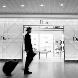 Shop Whilst You Fly With London Heathrow's Personal Airport Shopper