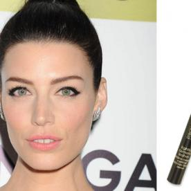 Found It! Jessica Paré's Winged-Out Eyeliner