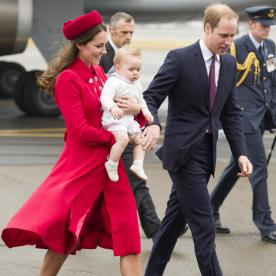 The Royal Family Lands in New Zealand! See What Kate Middleton Wore