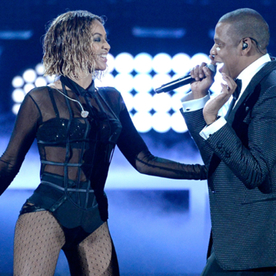 Lunchtime Links: Beyoncé and Jay Z Team Up for a Summer Tour, Plus More Must-Reads