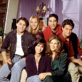 Lunchtime Links: College Seniors Recreate the Friends Iconic Intro, Plus More Must-Reads