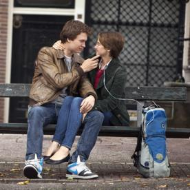 Lunchtime Links: Fault in Our Stars Takes the Box Office, Plus More Must-Reads