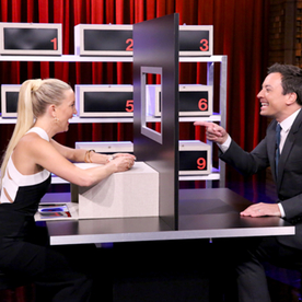 """Kate Hudson and Jimmy Fallon Play """"Box of Lies"""" on Tonight—Find Out Who Won!"""