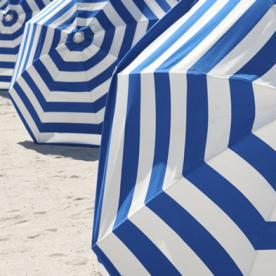 Age-Wise Style: How to Pack for a Summer Beach Weekend