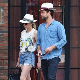 Cute Couple Style Alert: Diane Kruger and Joshua Jackson Step Out in Matching Hats