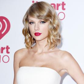 Lunchtime Links: How Taylor Swift Is Helping NYC Public Schools, Plus More Must-Reads
