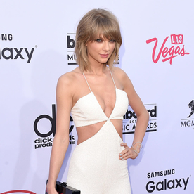 Taylor Swift's Red Carpet Style | InStyle.com