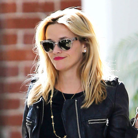 Reese Witherspoon Carries Totes Yall Draper James Bag