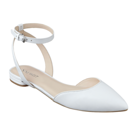 Nine West Pointed Toe Flats