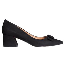 <p>Block heel pumps</p>