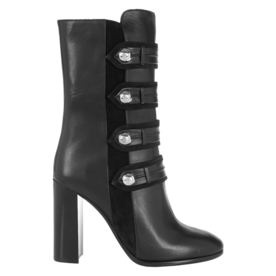 <p>Arnie leather boots</p>