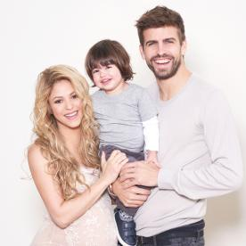 Shakira Shows Off Her Baby Bump (and Completely Beautiful Family Photos) to Support a Good Cause