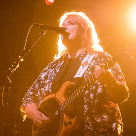Cook Like a Rockstar with This Playlist from the Indigo Girls'Emily Saliers
