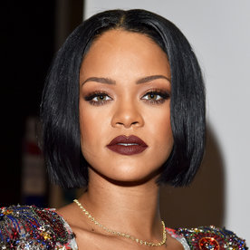 Rihanna Apologizes to Her Fans After Canceling Her Grammys Performance