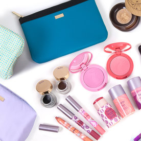 Tarte's Custom Makeup Kit Is the Perfect Gift for Mom
