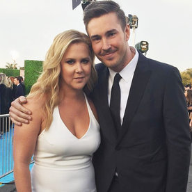 Amy Schumer Shares Hilarious Video of Her Boyfriend Posing on a Mountain