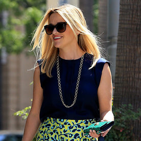 """Reese Witherspoon Welcomes the """"Freaking Weekend"""" with Fresh Summer Style"""