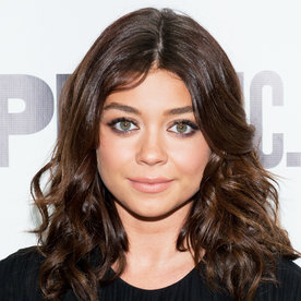 Sarah Hyland's Latest Hair Transformation Is Inspired by Your Favorite '90s Band