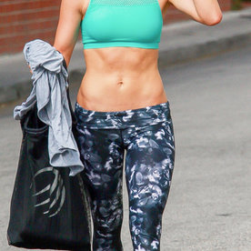 What Celebrities Wear to the Gym   InStyle.com