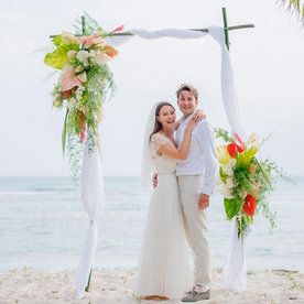 Best Celebrity Weddings The Dresses Venues And Most Swoon With Beach Wedding