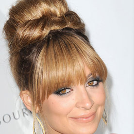 Hair updos 2017 easy to copy red carpet styles instyle urmus Gallery