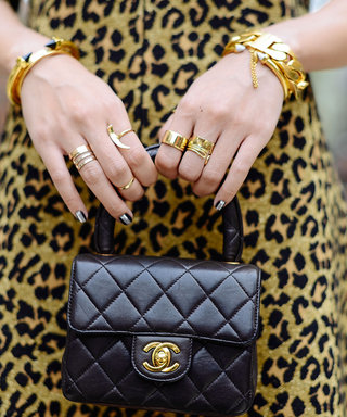 4 Mind-Blowing GIFs that Demo How to Stack Your Rings like a Pro