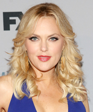 Sex&Drugs&Rock&Roll Star Elaine Hendrix Shares How the New Show Lives Up to Its Name