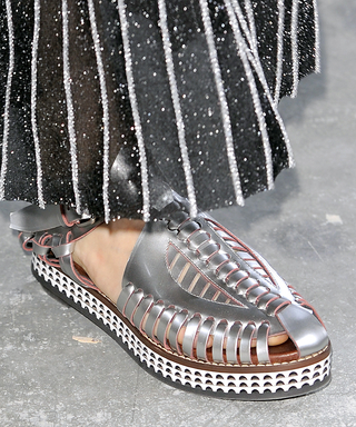 The Sandals to Wear When Your Pedicure Is Chipped
