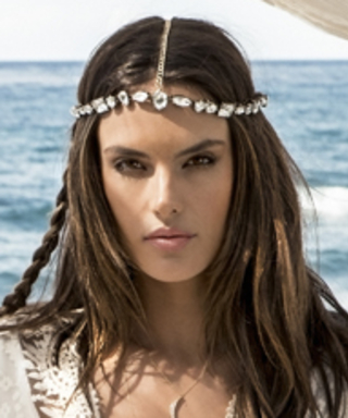 How Alessandra Ambrosio Makes a Summer Escape