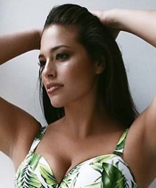 Ashley Graham Dishes on Her Favorite Sports Illustrated Swimsuit Model
